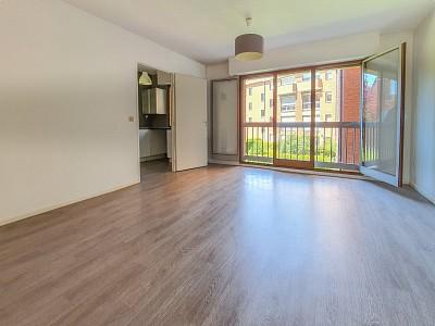 APPARTEMENT T2 A VENDRE - LILLE CORMONTAIGNE - 49 m2 - 174000 €