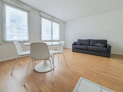 STUDIO A LOUER - LA MADELEINE ROMARIN - 30,7 m2 - 550 € charges comprises par mois