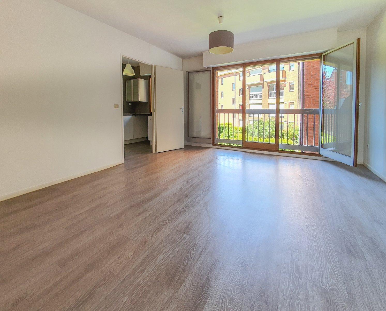 APPARTEMENT T2 A VENDRE - LILLE CORMONTAIGNE - 49 m2 - 184000 €