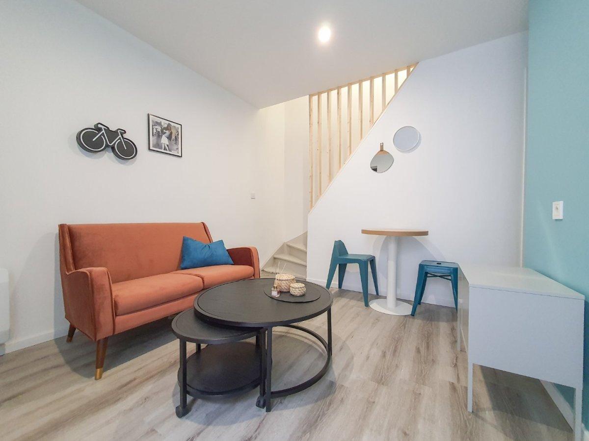 APPARTEMENT T3 A LOUER - LILLE MOULINS - 50 m2 - 850 € charges comprises par mois