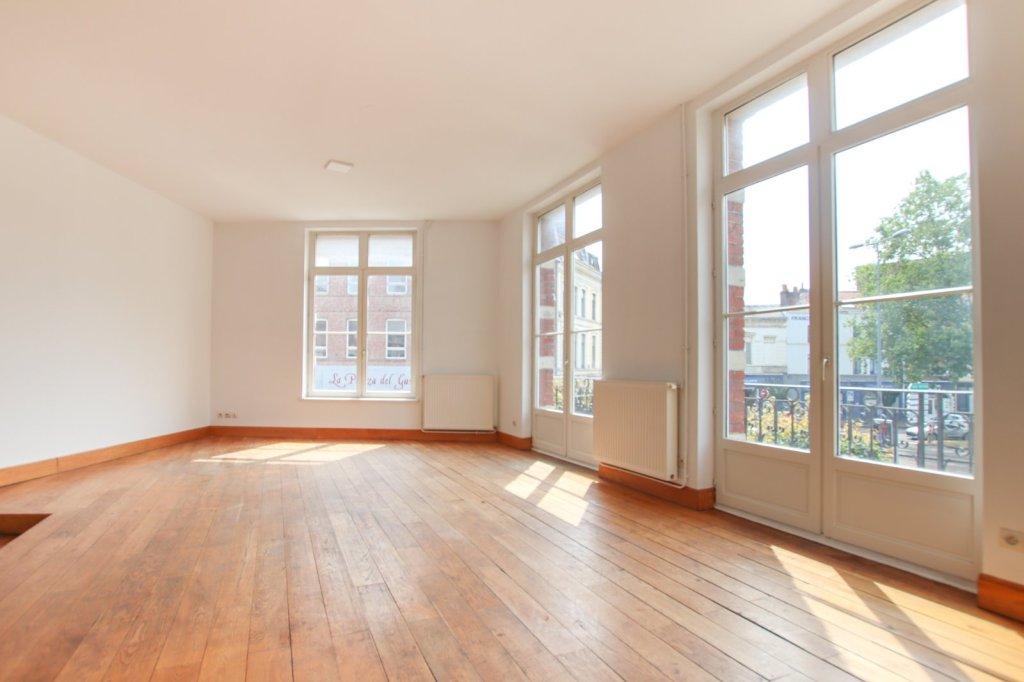 APPARTEMENT T4 A VENDRE - LILLE SAINT MICHEL - 90 m2 - 350000 €